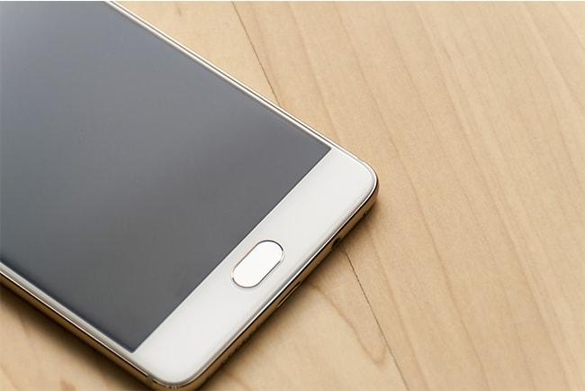 På måndag säljer Halebop och Telia nya OnePlus 6