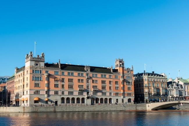 Regeringskansliet uppges motsätta sig Telia-köp av TV4